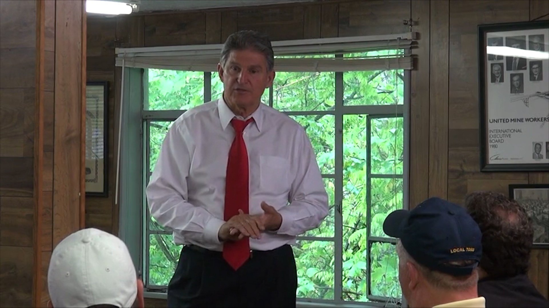 Senator Joe Manchin (D) is seeking re-election.