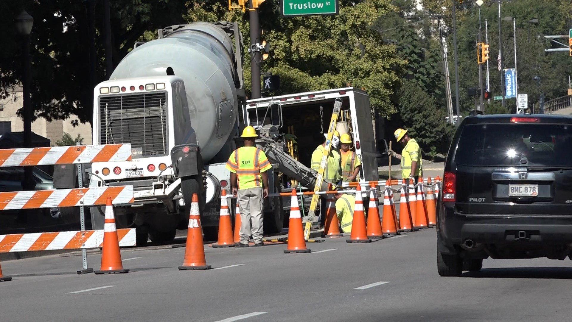 Bonds create $1.6 billion in road and bridge work.