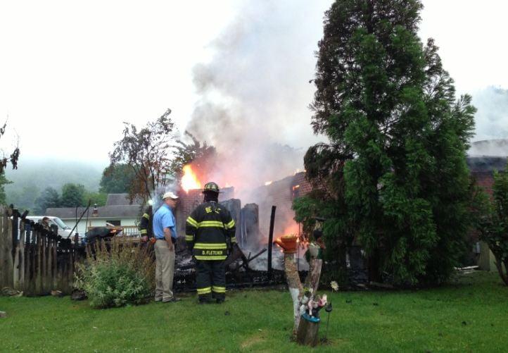 Three escape massive fire on Walnut Street in Kanawha County