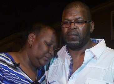 Anthony and Linda Hunter are pleading for the public's help in order to find the body of their son, Kareem.