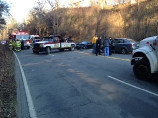 Accident at 5th Street and Miller Road in Huntington, WV shuts down roadway