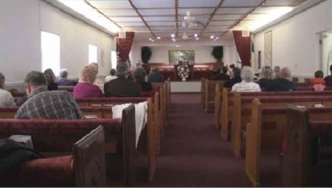 Trinity Baptist church members mourn death of preacher