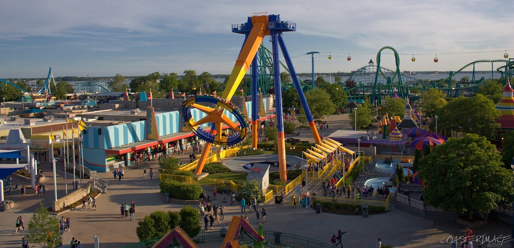 cedar point amusement park Welcome to cedar point, the world's best destination for thrills cedar point is home to 70 amusement & theme park free access to all cedar fair parks.